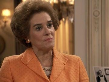 Benigna deja las cosas claras a Ascensión recordándole que no siempre ha sido rica
