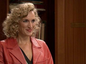 Silvia se convierte en la nueva secretaria de Justo e Ignacio