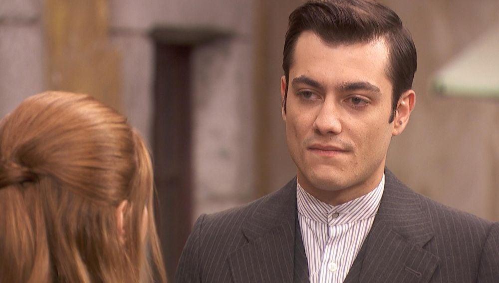 """Julieta rechaza a Prudencio: """"Me da igual lo que me quieras decir"""""""