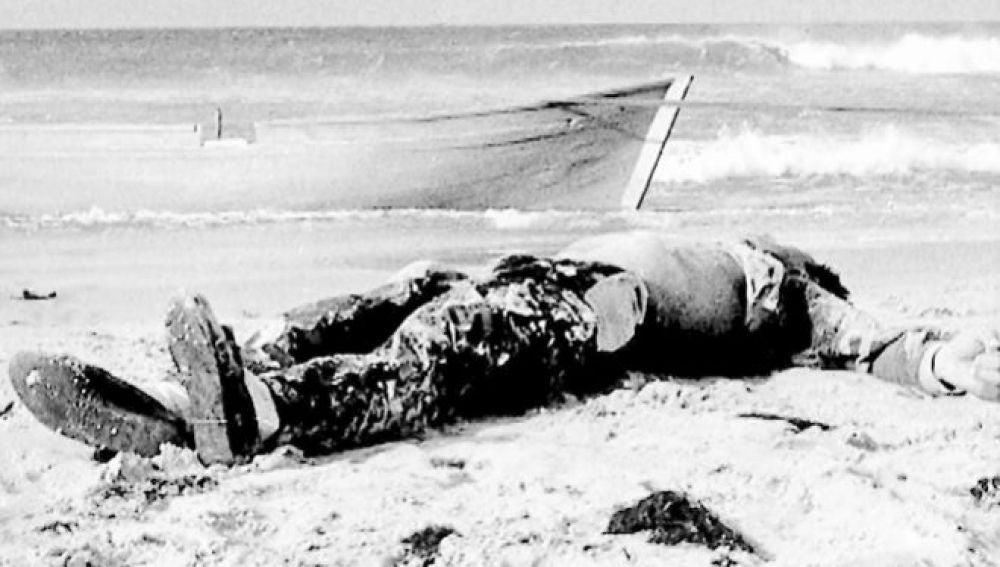 La imagen del primer migrante que murió al intentar cruzar El Estrecho