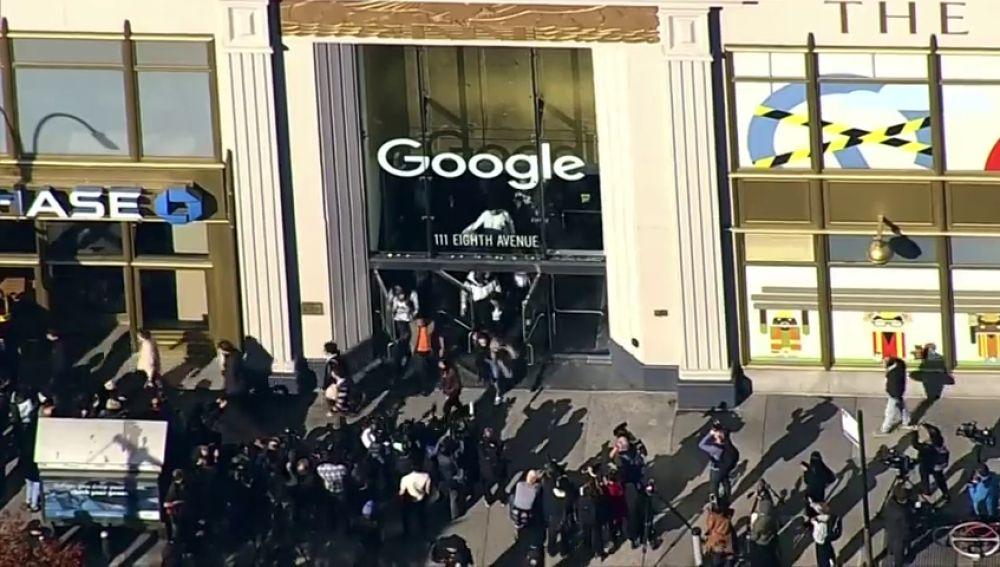 Trabajadores de Google en todo el mundo protestan por la gestión de la empresa ante casos de acoso sexual