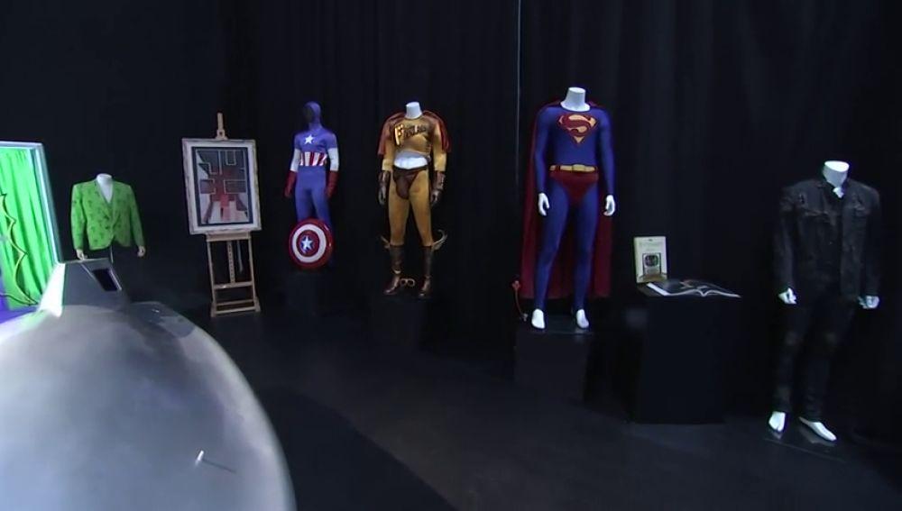 Los trajes usados en 'Batman', 'Star Trek' y otras series a subasta