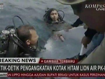 Indonesia confirma que han encontrado la caja negra del avión siniestrado de Lion Air