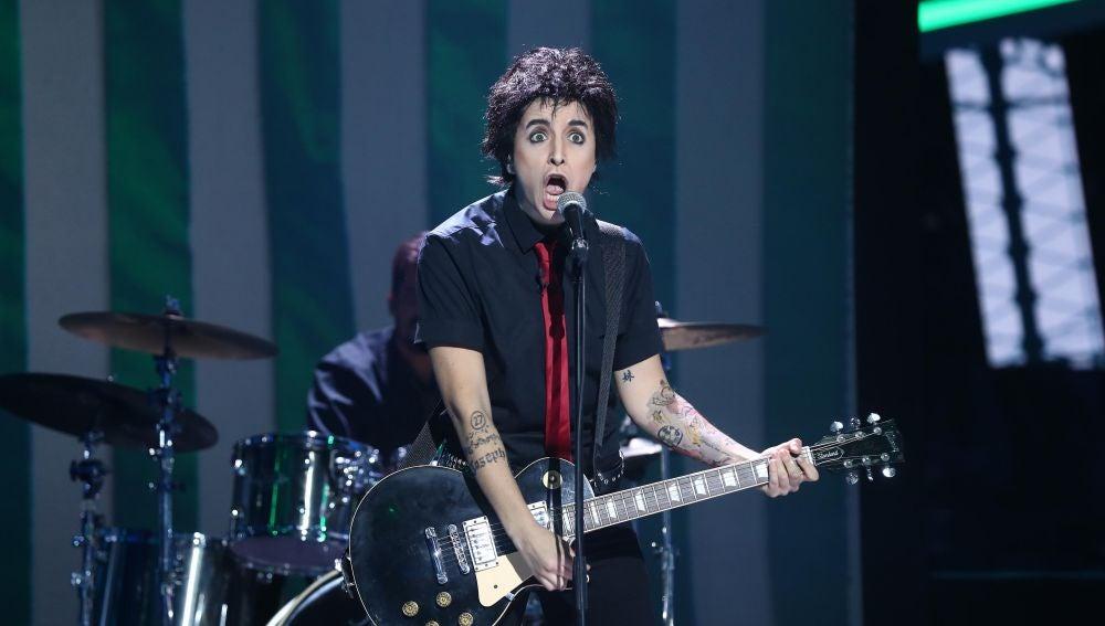 Mimi nos rompe los esquemas como Green Day en 'American idiot'