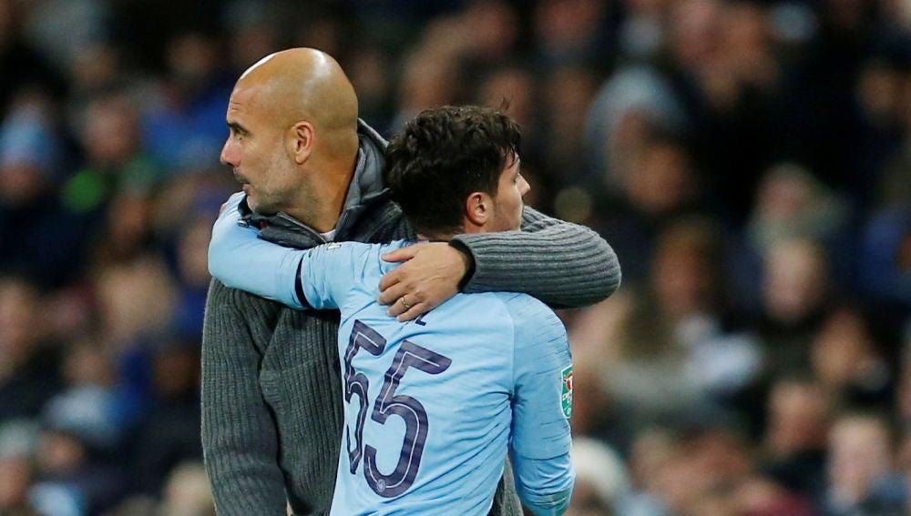Guardiola y Brahim Díaz se abrazan