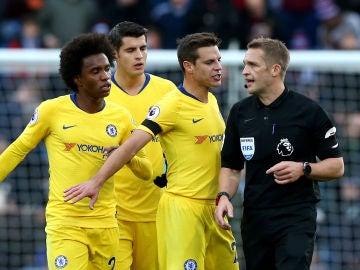 El árbitro Craig Pawson, durante el Burnley vs Chelsea