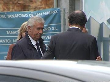 Arenas evita responder en el funeral por el padre de Mariano Rajoy
