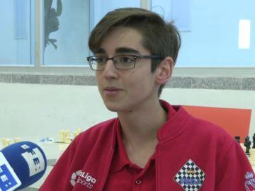 "Pedro Ginés, campeón mundial de ajedrez: ""Para ser un gran maestro no te vale con ser bueno de pequeño"""