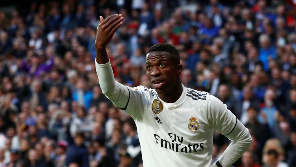 Vinicius celebra un gol del Real Madrid