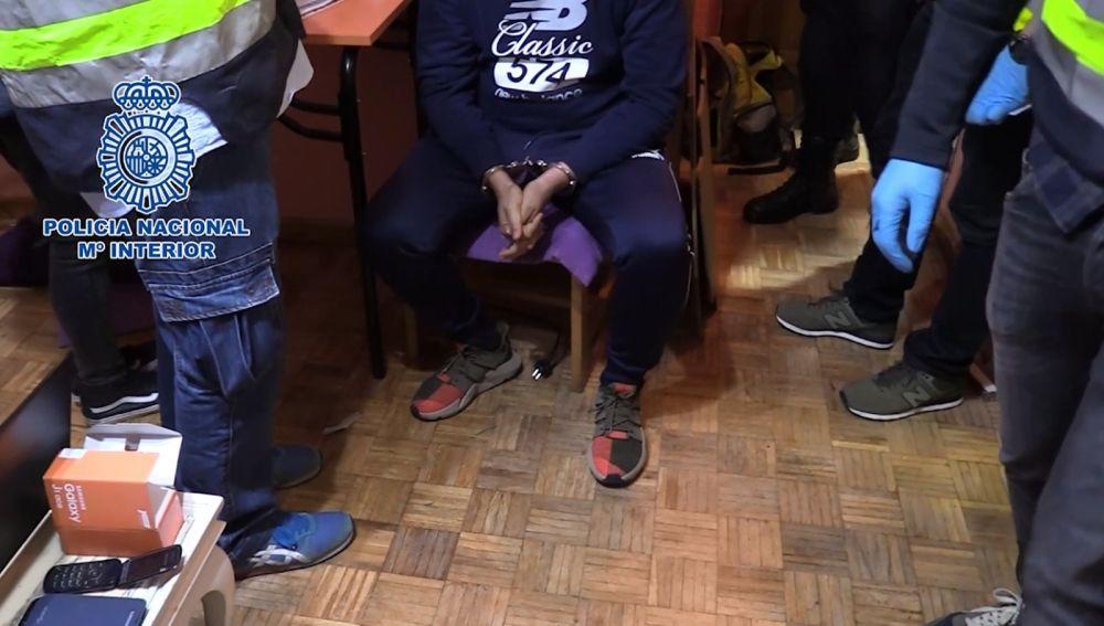Imagen de uno de los 19 detenidos por la clonación de tarjetas