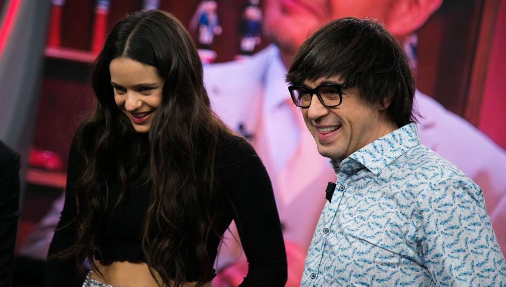 Rosalía se divierte con Luis Piedrahita y los Monicrackers en 'El Hormiguero 3.0'