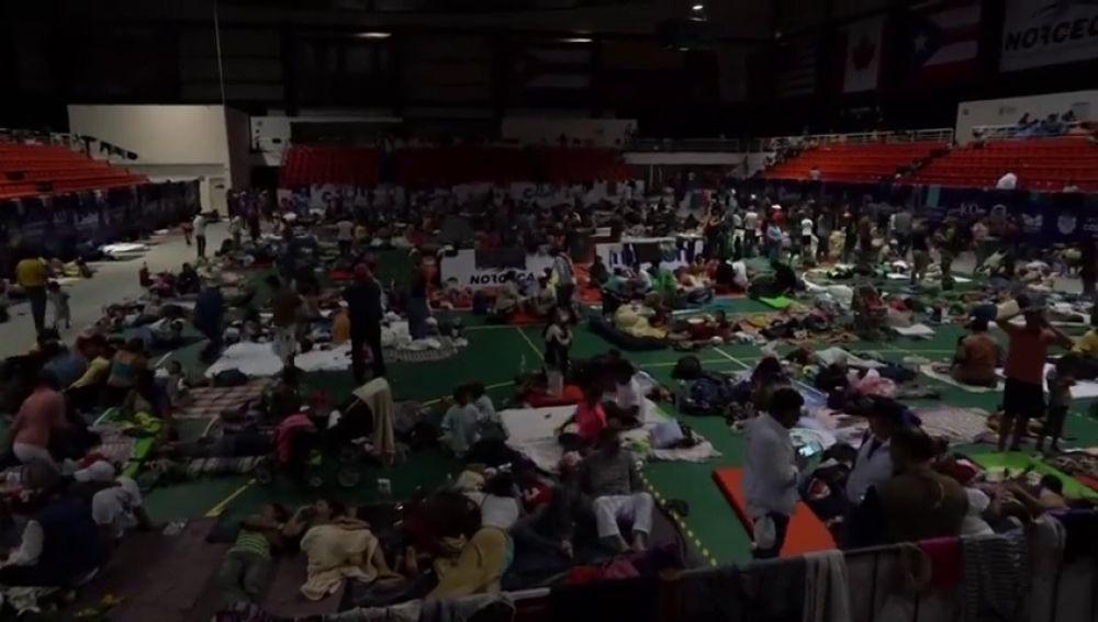 La caravana de migrantes se aglutina en México