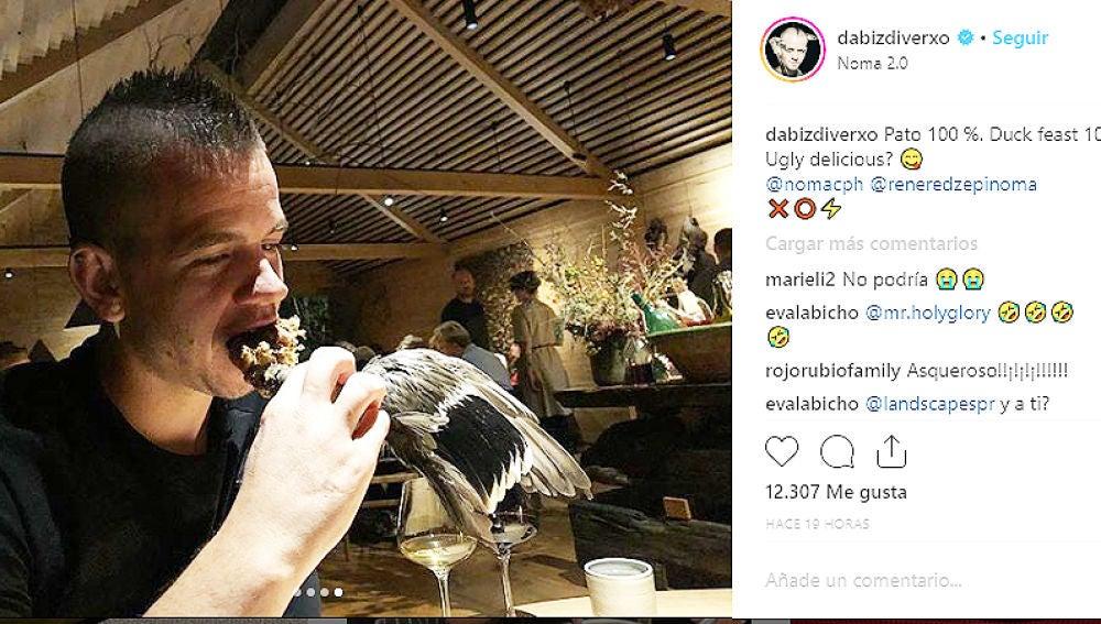 Dabiz Muñoz comiendo pato
