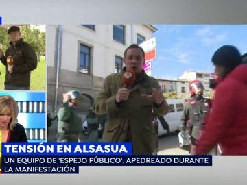 """Un equipo de 'Espejo Público', apedreado en la manifestación de Alsasua: """"Los profesionales de la provocación son los que buscaban violencia"""""""