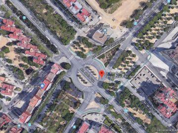 Cruce de Avenida de la Paz con Avenida del Tamarguillo