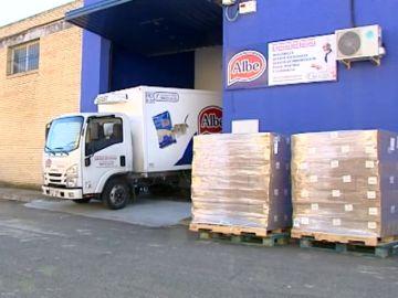 Atracan un almacén de quesos y embutidos en Sevilla