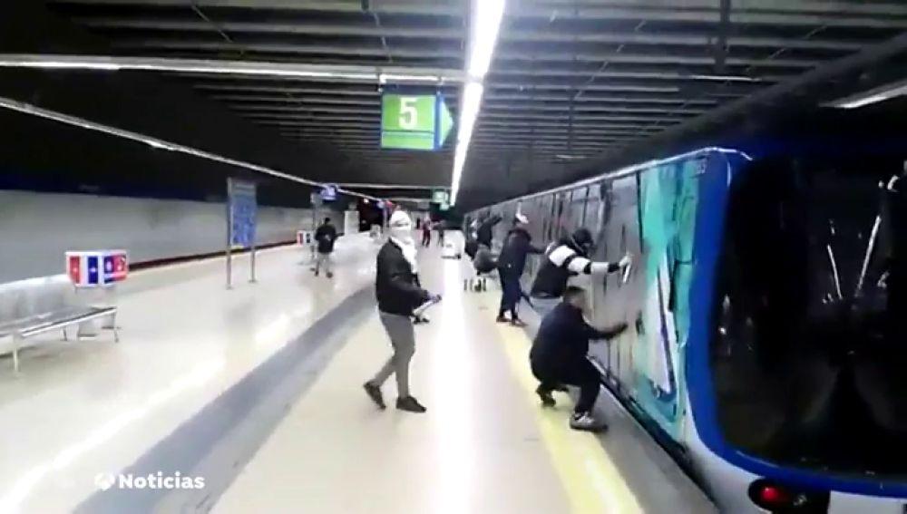 Los grafitis en el transporte público cuestan más de 20 millones de euros al año