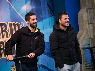 Dani Martín y David Broncano irrumpen 'El Hormiguero 3.0' durante la visita de Rosalía