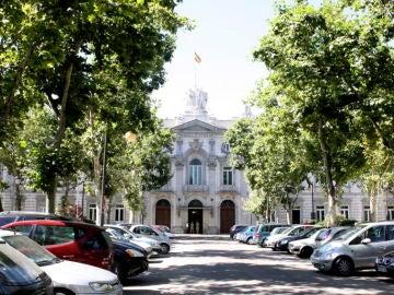 Noticias de la mañana (05-11-18) El Supremo decide hoy si son los bancos o clientes quienes tienen que pagar el impuesto de las hipotecas