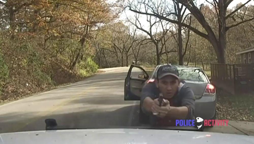 Un hombre dispara a unos policías en Estados Unidos