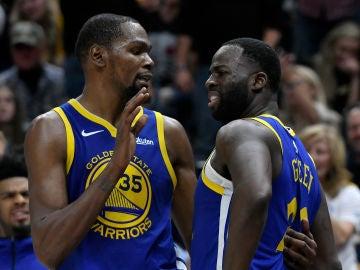 Kevin Durant y Draymond Green, durante un partido de los Warriors