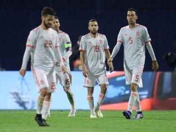 Los jugadores de la Selección lamentan la derrota