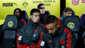 James Rodríguez, en el banquillo del Bayern de Múnich