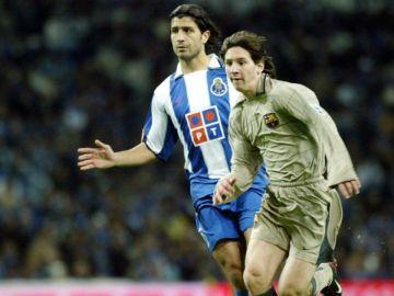 Messi, durante su debut contra el Oporto