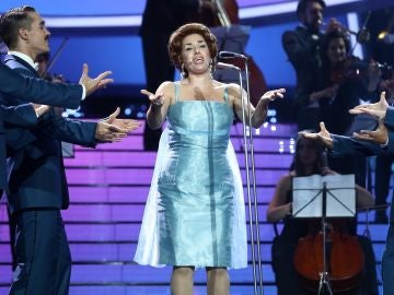 Actuación Anabel Alonso Los cinco latinos