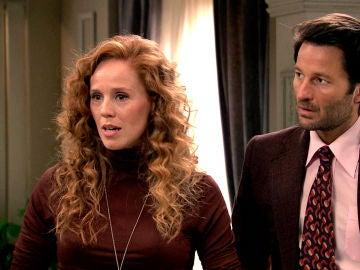 Carlos aparece con una chica en la cena oficial para hacer sombra a Natalia
