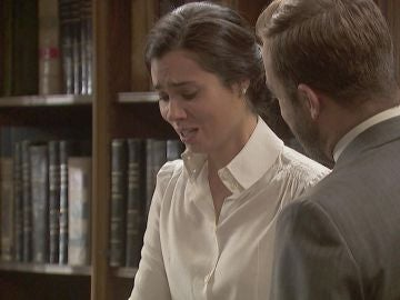 Una foto de Emilia y Alfonso llega a manos de María