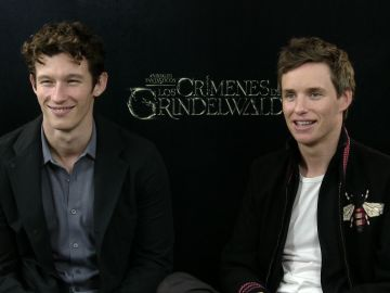 Eddie Redmayne y Callum Turner en 'Animales Fantásticos: Los Crímenes de Grindelwald'