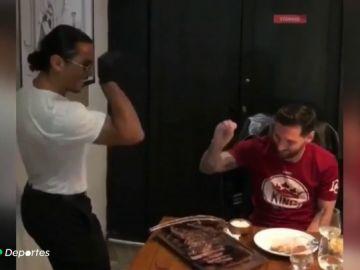 Messi visita al famoso chef Salt Bae y coincide con Pogba en sus vacaciones en Dubai