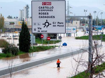 Carreteras inundadas por la lluvia en Cataluña
