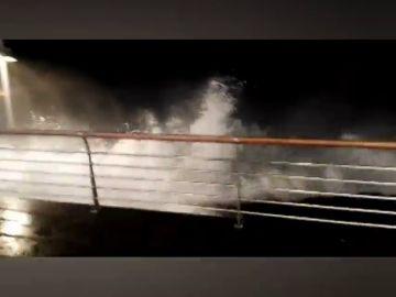 Alerta amarilla por fuerte oleaje en Canarias