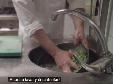 Rumba catalana para explicar las normas de manipulación de alimentos