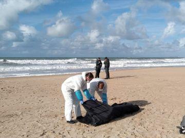 Rescate de un nuevo cadáver en Cádiz
