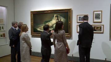"""El Rey destaca la """"dimensión universal"""" y """"el legado cultural"""" del Museo del Prado en su bicentenario"""