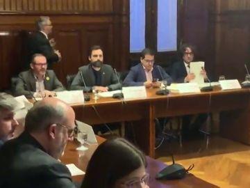 El Parlament activa la comisión que abordará la posibilidad de investir telemáticamente a Carles Puigdemont