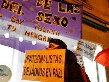 Concentración convocada por el sindicato de prostitutas OTRAS para exigir sus derechos laborales, en Madrid