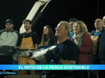 Celebramos el Día Mundial de la Pesca con tres generaciones de pescadores del Cantábrico