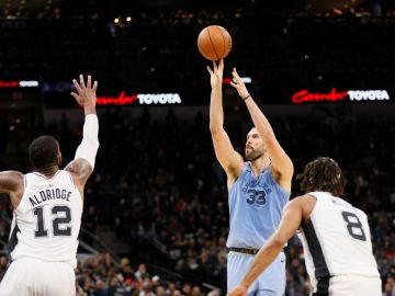 Marc Gasol, en acción ante los Spurs