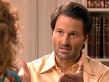 Gabriel se enfrenta duramente a Natalia tras su cita con Carlos