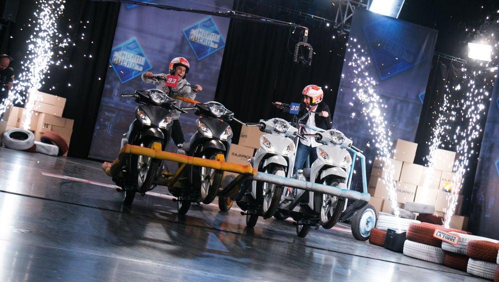 VÍDEO: Marc Márquez y Pablo Motos se retan a una carrera con las 'motocuádrigas' de 'El Hormiguero 3.0'