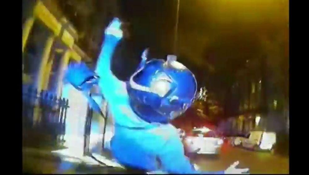 La policía de Londres pretende acabar con los ladrones en moto provocando accidentes