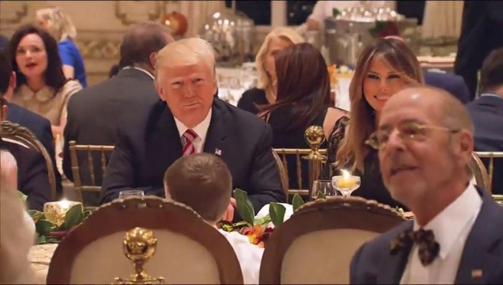 Trump celebra Acción de Gracias en Mar-a-Lago