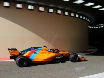 Fernando Alonso, en el túnel de Yas Marina
