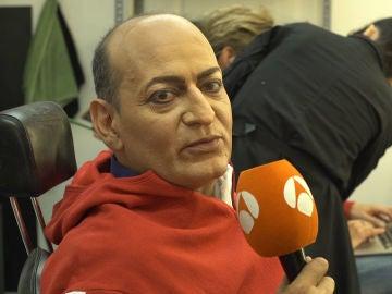 """José Corbacho ante su imitación como Tino Casal: """"He tomado mucho huevo que va muy bien para la voz"""""""