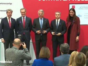 La Comunidad de Madrid premia la campaña 'Contra la Violencia, Tolerancia Cero'