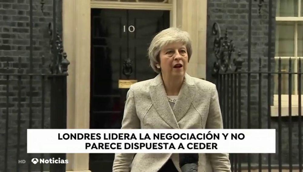 May se mantiene firme sobre Gibraltar antes de volver a reunirse este sábado con Tusk y Juncker